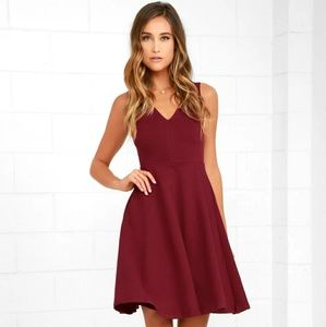NWT Lulus Hello World Midi Dress Wine Size Small